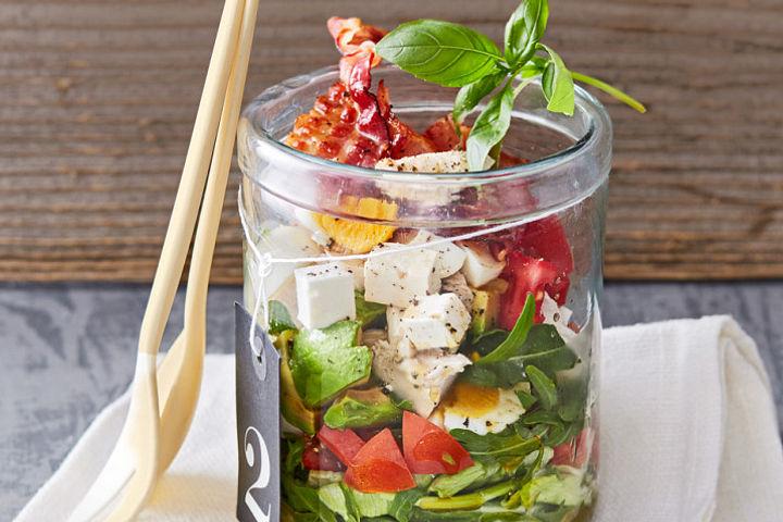 Kreative Ideen für Salate im Glas