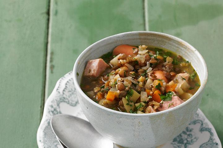 Suppen und Eintöpfe mit Linsen