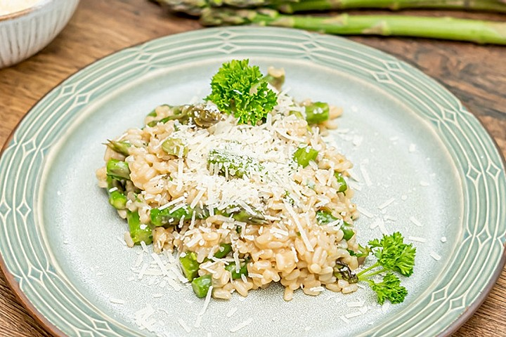 Video: Risotto mit grünem Spargel