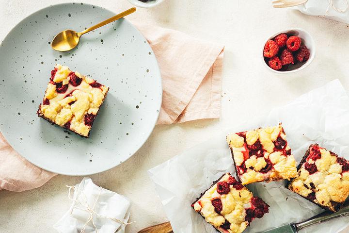 Cheesecake-Brownies mit Streuseln