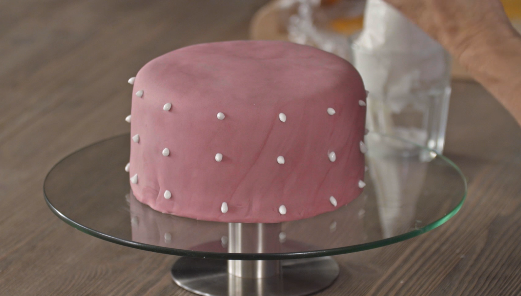 Torten Dekorieren Magazin 3 einfache tortenrand dekorationen chefkoch de