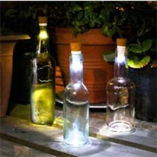 Wiederaufladbares Flaschenlicht