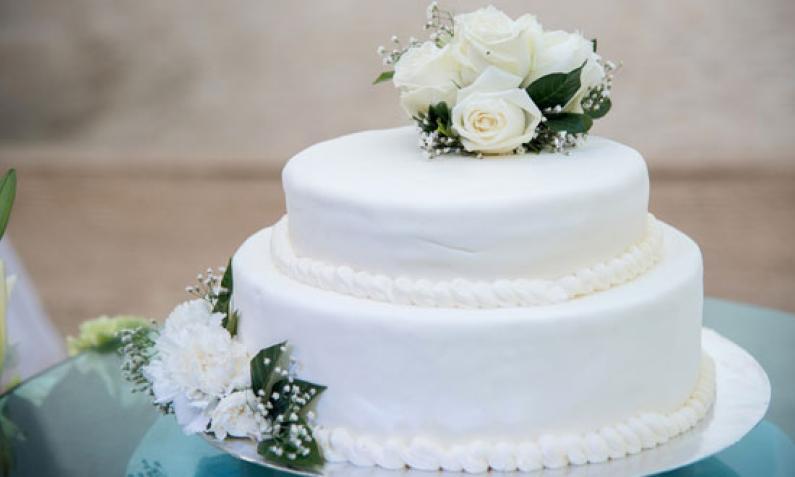 Die Hochzeitstorte Kronung Der Hochzeitstafel Chefkoch De