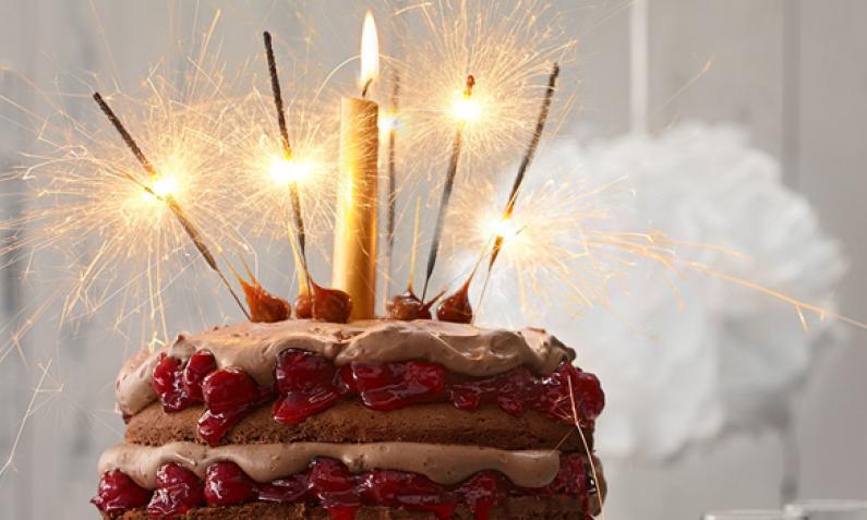 Geburtstagskuchen Beliebte Kuchen Fur Das Ganze Jahr Chefkoch De