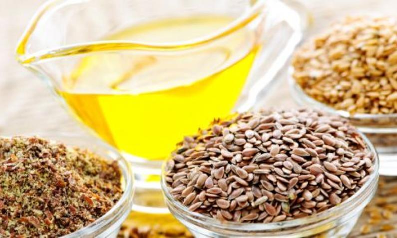 Leinöl wird aus Leinsamen gemacht