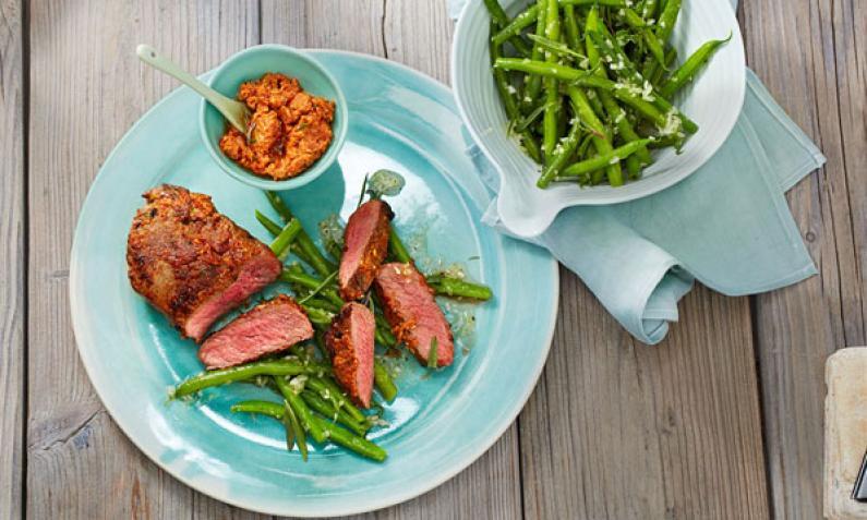 steaks richtig braten so wird das steak medium. Black Bedroom Furniture Sets. Home Design Ideas