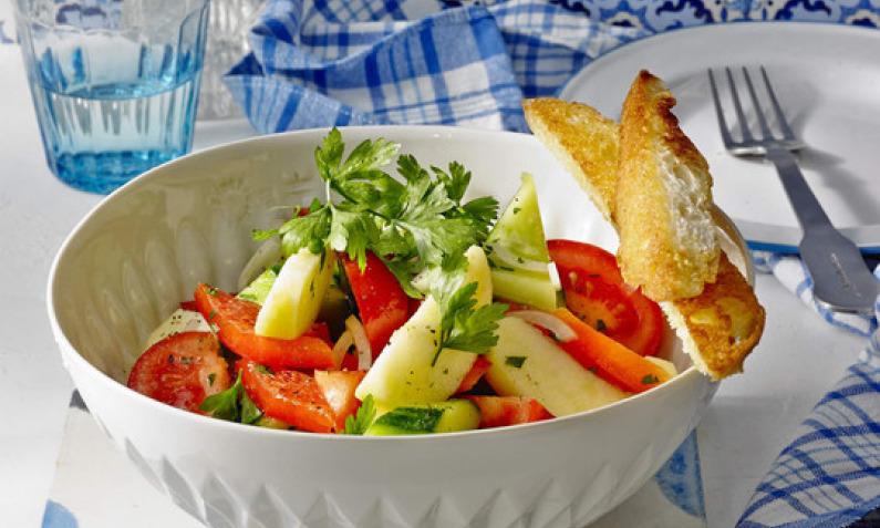 Gurkensalat: grün, erfrischend und vielseitig | Chefkoch.de