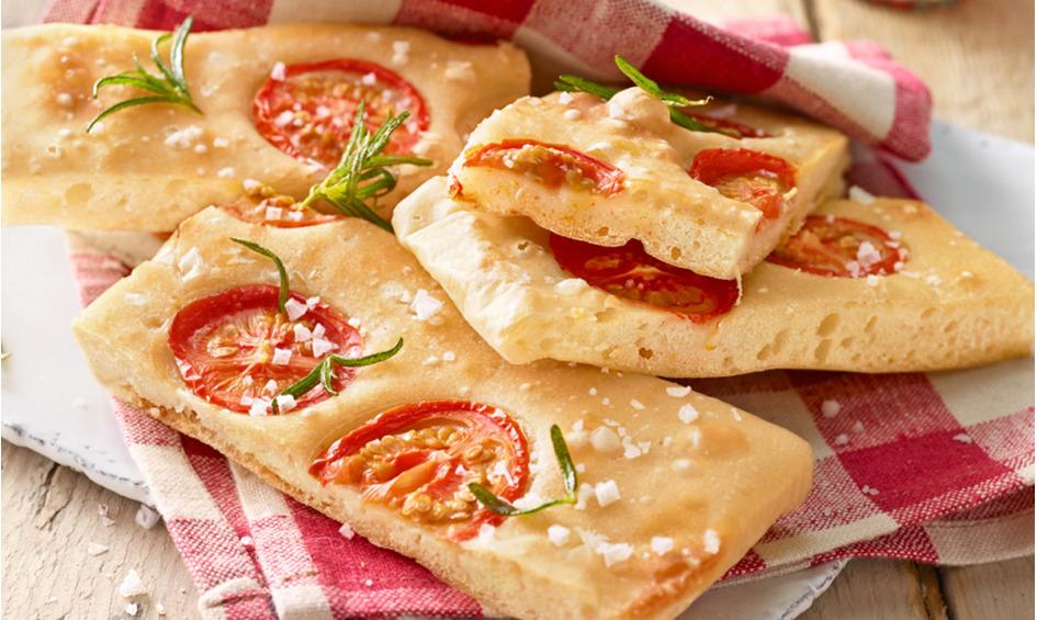 Rezept Focaccia mit Tomaten und Rosmarin