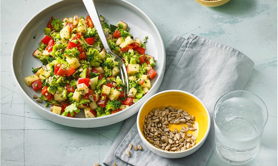 Rezept Brokkoli-Paprika-Apfel-Salat