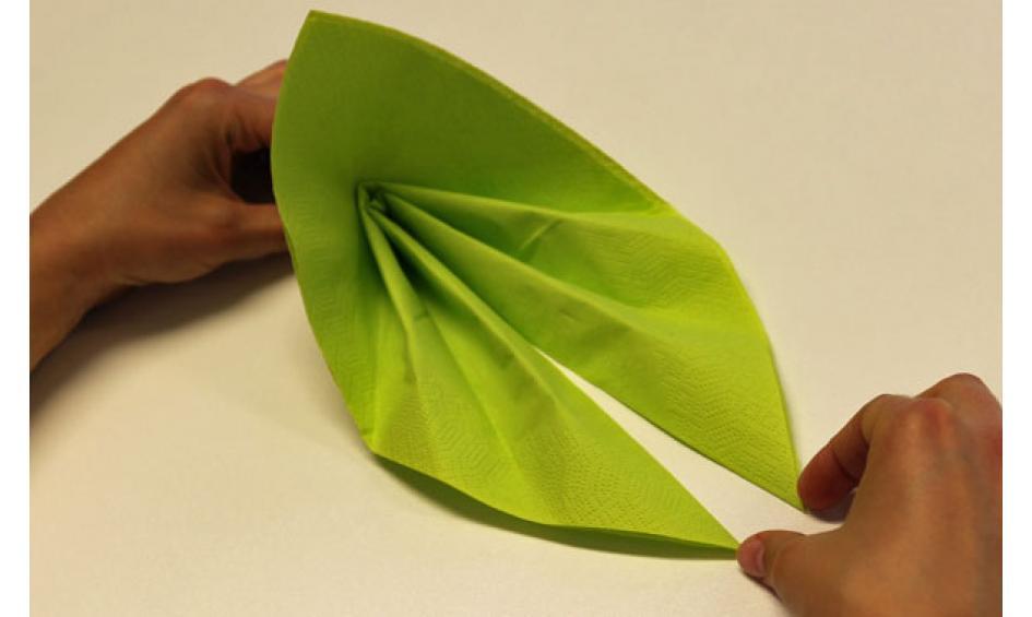 Servietten falten: effektvolle Tischdeko von schnell bis