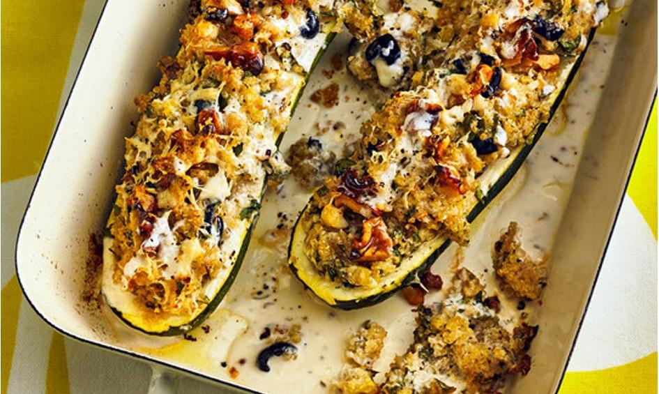 Rezept Mit Quinoa gefüllte Zucchini mit einem Walnuss-Ziegenkäse-Topping