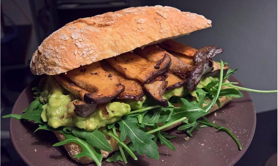 Rezept Sandwich mit Kräuterseitlingen und Guacamole