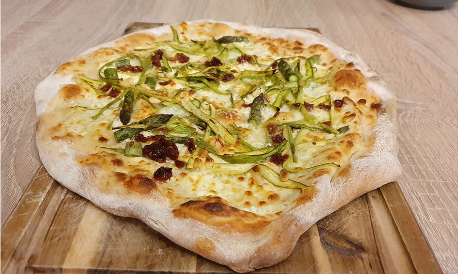 Rezept Spargelpizza mal anders - ein Frühlingsgedicht