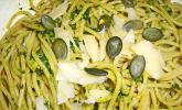 Kürbiskern-Kräuter-Pesto mit Spaghetti