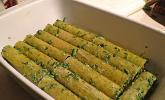Cannelloni gefüllt mit Chilispinat, Ziegenfrischkäse und Pinienkernen