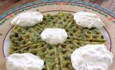 Griechische Spinatwaffeln mit Tsatsiki