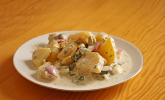 Kartoffelsalat mit leichtem Buttermilch-Joghurt-Dressing