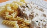 Nudeln mit Joghurt-Schafskäse-Sauce