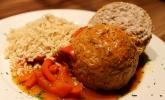 Hack-Reis-Klöße in einer Champignon-Paprikasauce