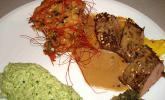 Lammlende auf Ananas-Relish mit Schalotten-Thymian-Confit