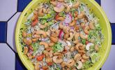 Sommersalat mit Cashewkernen