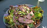 Thailändischer Salat mit Rindfleisch