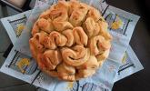 Kräuter-Zupfbrot in der Springform