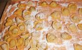Lamm - Tortellini mit Riesling-Sahne-Sauce und Tomaten-Sauce