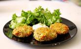 Quinoabratlinge mit Knoblauch-Sauerrahm-Sauce