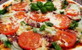 Pizza alla Mama mit Sucuk und Spinat