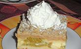 Rhabarberkuchen mit Hefeteig