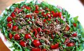 Spaghettisalat mit Rucola und Tomaten