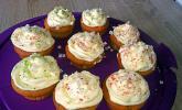 Cupcakes mit Holunderblüten