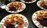 Rehrücken im Kirschmantel mit schwarzen Nüssen
