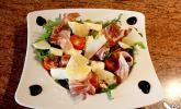 Rucolasalat mit Feigen, Mozzarella, Parmesan