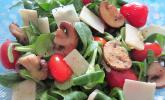 Feldsalat mit Parmesankäse