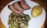 Roastbeef mit Champignons und Zwiebeln