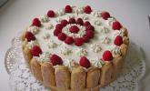 Quark-Sahne-Torte mit Himbeeren