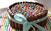 Schokoladen-Kitkat-Smartiestorte