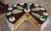 Birne Helene-Torte mit Schokoguss