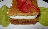 Rhabarber - Buttermilch - Törtchen mit Erdnusshippe und Apfel - Avocado - Püree