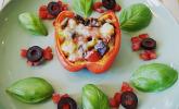 Mit Ratatouille gefüllte und überbackene Paprika