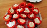 Tomaten mit Senfsprossenfüllung