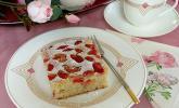 Schneller Rhabarber-Holunder-Kuchen