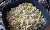 krümeltigers Sojaschnetzel-Pfanne mit Porree und Reis
