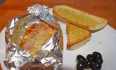 Feta aus dem Ofen mit Röstbrot