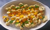 Fruchtige Tortellini - Spieße