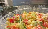 Schlanker Hirsesalat mit körnigem Frischkäse