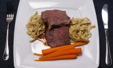 Rezept Entrecôte vom Glandorfer Jungrind auf einer dunklen Weißbiersauce mit glasierten Orangenmöhren und Trüffelpasta