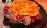 Der 3. Platz des Chefkoch- Burger-RezeptwettbewerbsSüßkartoffel-Burger mit flambiertem Hirschfilet und Cranberries von AstroRacker: jetzt ausprobieren!